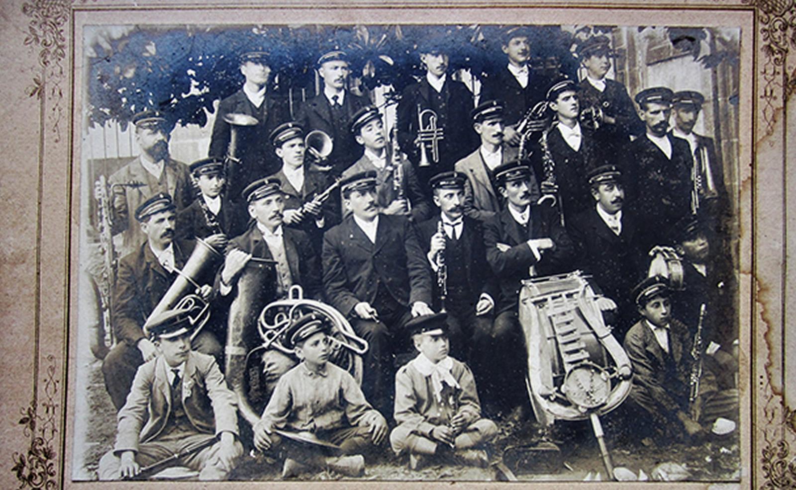 As bandas de música na memoria de Galicia